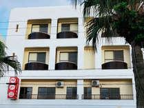 那覇市内でありながらリゾート感溢れるオーシャンビューホテルです