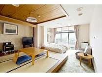 【スタンダード和洋室】4.5畳+ベッド2台小上がりあり、眺望有