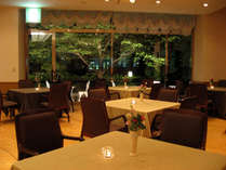 【レストランひむか】隠れ家的空間で、バラエティに富んだ宮崎の食材をぜひご堪能ください。