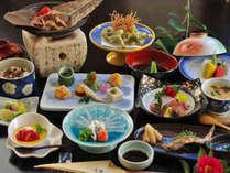 【欲張り会席】しまね和牛に地元の山海の幸がいっぱいに詰まった会席料理です。