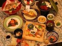 誕生日・記念日等にお祝いのお食事もどうぞ。晴れの門出に旬の食材が並びます。