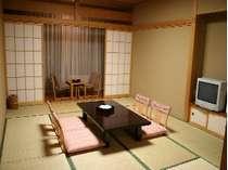 常念岳を望む客室】として県内外から親しまれている。