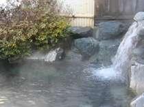 ★露天風呂のお湯出口★この温泉が【のんびり寛ぎの素】です。