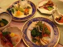 地の素材を使ったお食事は、お客様に好評をいただいております。
