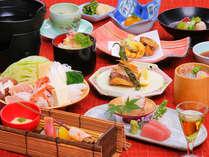 お料理一例。地物食材を使った、料理長渾身の華やかな会席。(料理は季節毎に変わります。)