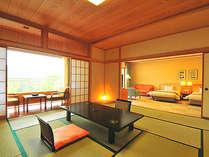 広々とした和洋室。一部屋でいくつもの過ごし方を楽しめます。