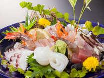 50歳からの大人旅会席一例:旬の七種盛 2名1皿になります。