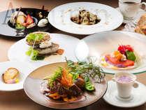 北海道唯一の展望回転レストランで味わう季節のコースディナー