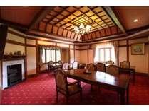 和食処 翠州亭 さつきの間/ゆったりとした造りの洋室です