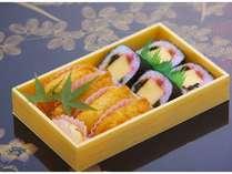 山登りプラン特典♪寿司処莉園特製「助六寿司」