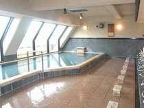 上階にあり、眺望抜群の大浴場