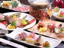 季節に合わせた地元熊本の旬の食材を、当ホテル料理長が心を込めて調理いたします。