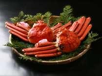 山陰の冬の味覚『松葉ガニ』♪当館は境港からの活き松葉ガニのみ使用しています。「(C)Tottori Pref.」