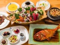 地元漁師さん直送のお魚やマリン農園のお野菜♪身体に優しい定番料理の一例です♪