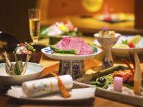 【美味求真会席 イメージ】ひとくち、一口に季節と物語を感じる、当館自慢の会席です。