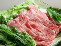 *人気の信州牛のすき焼き/リンゴを食べて育った信州牛はとろけるような食感