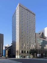 【ホテル外観】京橋駅・宝町駅徒歩1分。銀座・丸の内も徒歩圏内。最高の朝をお届けする新コンセプトホテル