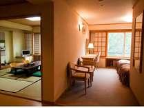 【新和洋室】2ベッド+和室10畳+バストイレ別