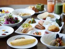 本館30階 スカイグリルブッフェ「GOCOCU」朝食イメージ