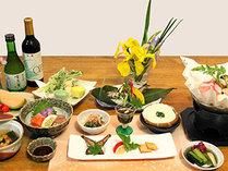 *ご夕食一例 地元産や季節の旬の食材を使用した若旦那自慢の料理でおもてなしいたします。