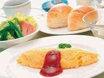 朝食のふわふわオムレツ