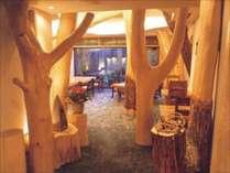※ホテル内の【和風レストラン「木楽」(きらく)】は落ち着いた大人の雰囲気
