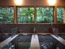 【岩盤浴】九州・高千穂の天照石を使った本格的な岩盤浴