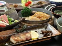 《夕食一例》地元食材を心ゆくまでお楽しみ下さい♪ (1)