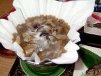山の幸鍋・山菜・キノコが10種類ほど入ったヘルシーなお鍋(薬研荘の名物)
