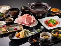 ご夕食一例:心も体も元気になれるお料理を、おもてなしの心を加えてお出し致します