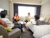 【客室/イメージ】お部屋でまったり、くつろぎのひととき♪