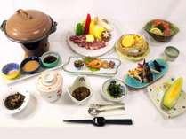 【ご夕食】上州牛ステーキや季節の天ぷらをメインにワンランク上のお食事をお愉しみください※一例