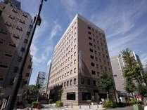 コンビニまで徒歩1分、新横浜駅まで徒歩5分圏内