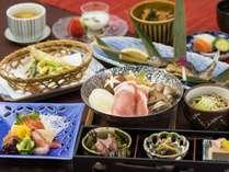 旬の素材を多くもちいた盛り皿