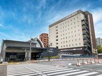【外観】南口より徒歩1分J R山手線駒込駅より徒歩1分。閑静な立地です。