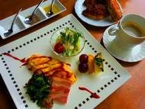 2015年6月からお試し販売【洋食プレートモーニング(朝食)】例