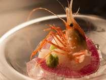 【週末はちょっと贅沢に】北海道の旬食材を使用したコースディナー/出来立ての最もおいしい状態でご用意