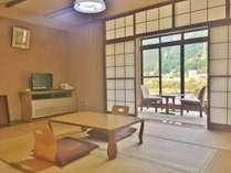 お部屋から里山の四季を眺めてのんびり(東館3F一例)