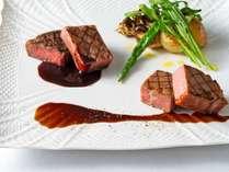 【1周年記念ディナー】ローストグリルビーフと神戸牛の食べ比べ