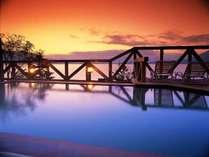 ■美しい支笏湖の彩。展望露天風呂から是非お愉しみください。