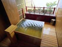 ■木曽檜造りの貸切温泉露天風呂「駒の湯」」※2,500円/50分(無料特典付プランもございます)