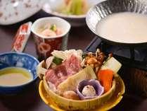 【タイムセール★お盆◆和食会席膳】~名湯鹿の湯でリフレッシュ♪夕食は広間で旬の会席膳☆