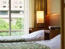 【和洋室2ベッド+4.5畳/30平米】最上階から眺める、国立公園の渓谷美にウットリ