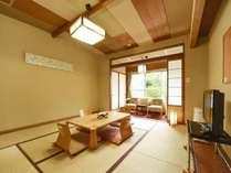 【和室8畳 バス無し/25-30平米】大浴場から最も近い和室で、湯治気分を味わう