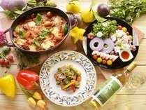 【夕食バイキング/春の献立】見た目にも美しい、スパイスの効かせた春味レシピの数々