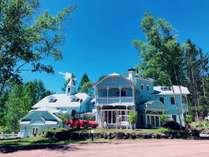 青空の扉 犬と泊まれるプチホテル