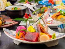 ★料理長自慢の『花会席膳』ご夕食はお部屋食♪ 1・2月のお献立一例