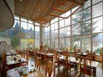 【レストラン】大きな窓から蔵王の自然を満喫★