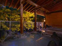 ◆しっとりとした雰囲気の夜の露天風呂