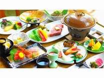 四季の贅沢御膳・【夏の涼綴り】山形牛陶板焼きがメインの豪華会席